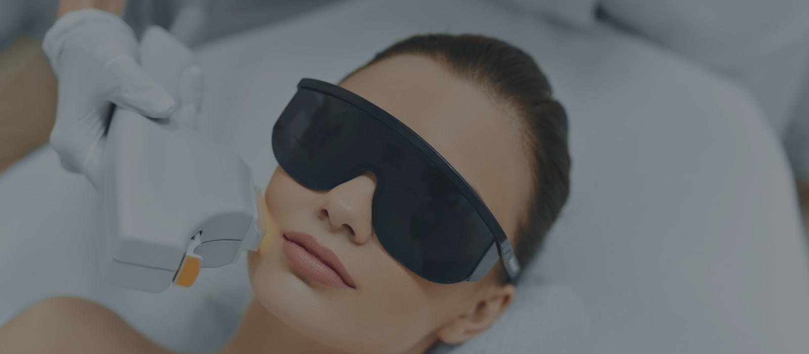 IPL Therapy and Chemical Peels: What to Expect When Treating Your Skin